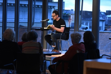 Lesung beim Speed-Dating im Literaturhaus, Juni 2017 (Foto: Catherina Hess).